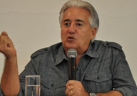 Jornalista Francisco José é o homenageado do Galo da Madrugada 2018