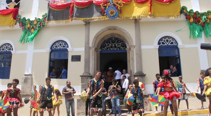 Prefeitura anuncia Carnaval Gigante para 2018 em Olinda.