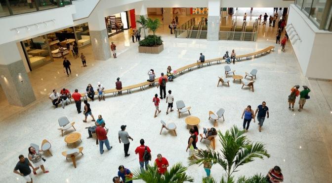 Shopping Patteo Olinda promove Semana do Idoso com programação gratuita.